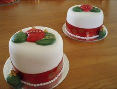 I would make these into mini cakes. They are so pretty!