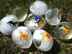 Ice Treasure Eggs. Teach children about water properties with this fun activity!