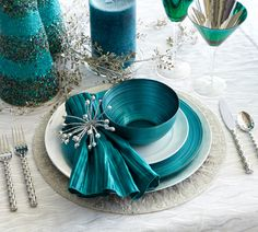 Add a charming Silver Spray Napkin Ring to a Turquoise Satin Knot Napkin for a touch of glamour