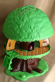Weeble Wobble Treehouse. By far my ABSOLUTE FAVORITE toy when I was little. Seeing this brings back a lot of memories.  I used to play with this too all the time.
