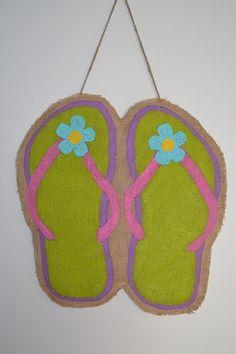painted burlap door hangers, flip flop
