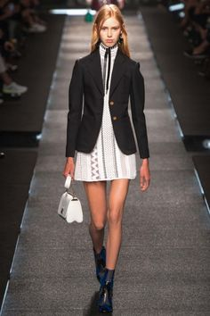Louis Vuitton ready-to-wear spring/summer '15 gallery