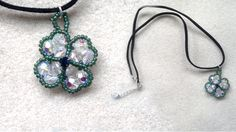 free tutorial for 4-leaf clover can be found here : http://www.youtube.com/watch?v=JMiYKkvW7Pw