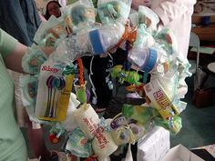 How to Make a Diaper Wreath with Step-by-Step Pictures - wikiHow