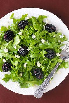 blackberry arugula salad