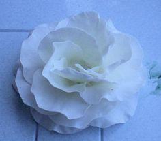 Open rose flower paste (gumpaste) tutorial