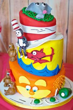 What a Seuss-tastic birthday cake!