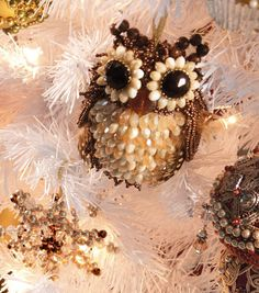 Beaded Owl Ornament - So want to make!