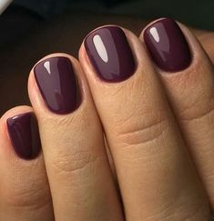 Short, cute and simple plum nails