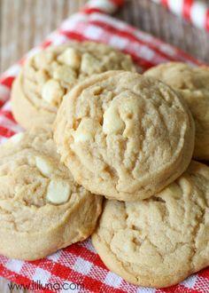 Super soft White Chocolate Cinnamon Roll Cookies { lilluna.com }