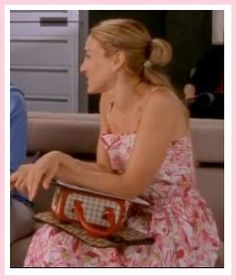 mixing patterns by Carrie in Season 4 Episode 11: Coulda, Woulda, Shoulda | #fashion #carriebradshaw #sexandthecity