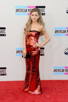 American Music Awards 2013: Red Carpet Arrivals Ariana Grande