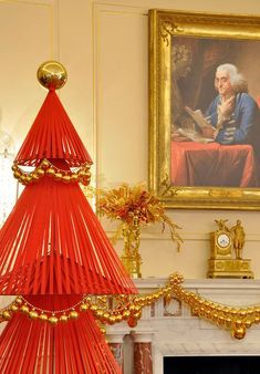 David Stark at the State Department does my favorite Xmas decor OF ALL TIME.