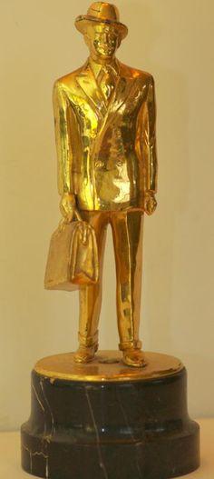 Rare 30's or 40's Figural Fuller Brush Man Salesman Award Trophy w/ Marble Base   collectivator.com