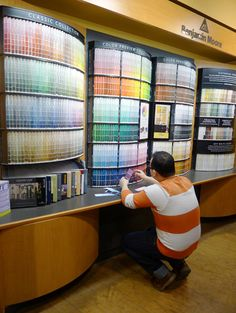 How to Choose Paint Colors - this guy is so great at explaining how to work with colors!