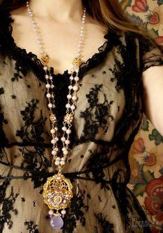 Gold-lace-purple-pearl-convertible-necklace-rococo-fairytale.