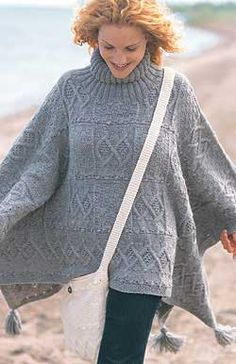 Classic Wool-blanket poncho and bag - free pattern