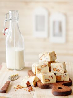 almond toffee fudge
