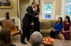 Nina Pham, Free of Ebola, Makes White House Detour on Way Home - NYTimes.com