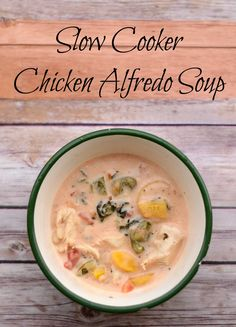 Slow Cooker Chicken Alfredo Soup with #STARoliveoil #shop #cbias an easy recipe for the crock pot