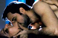 10 Hottest Smooches of Emraan Hashmi Raja Natwarlal: The 'serial kisser' Emraan Hashmi is back as the lovable and naughty con who is romancing the Pakistani beauty Humaima Malick. http://toi.in/Z91UJa