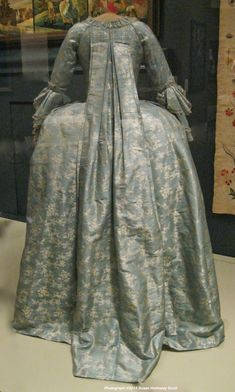 Montgomery family (from PA) silk gown, 1760's, Winterthur collection