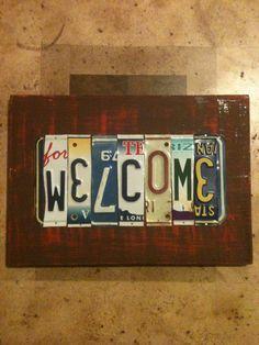 I love this custom license plate art!