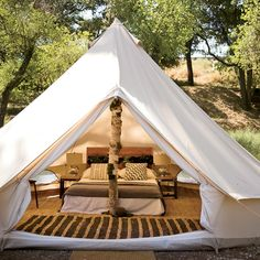 Finally, my idea of camping G:)    glamping | inspiration for 9.28