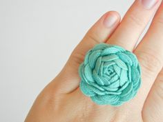 DIY Ric Rac Rose by theribbonretreat #Ric_Rac_Rose #DIY #theribbonretreat
