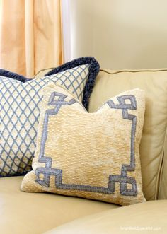 It's in the details! living room pillows brightboldbeautiful.com