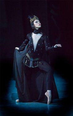Viktoria Tereshkina in Legend of Love, Mariinsky Ballet. Photo by Sasha Gouliaev