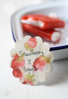 Polos de fresa y yogur