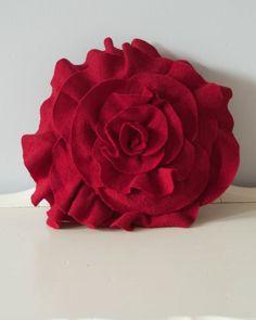 Роза своими руками из кожи