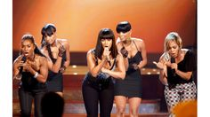 "Alicia Keys joins TLC to perform ""Waterfalls"" in a tribute to Lisa ""Left Eye"" Lopes - 2008"