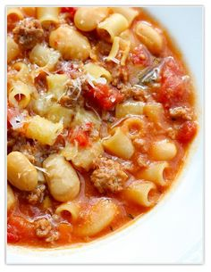 Come fall....this would be great! Sausage, bean, and pasta soup (add extra veggies, use lowfat sausage, and whole wheat pasta)