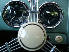 Steering wheel [Porsche 356].