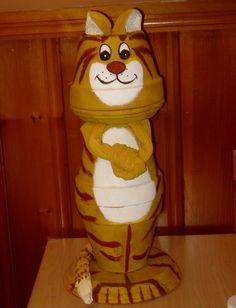 tiger, cat treats, store cat, claypot, clay pots ideas, painted flowerpots