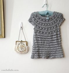 Free crochet pattern. Toddler dress. However it's given me a womans shirt inspiration... =)