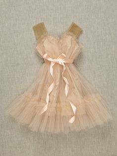 most beautiful little girl clothes on earth?Es & Es Olivia Dress