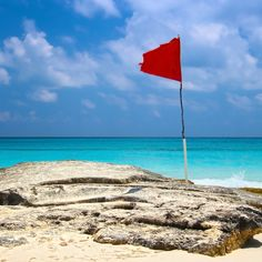 11 Red Flags Startups Should Avoid When Hiring