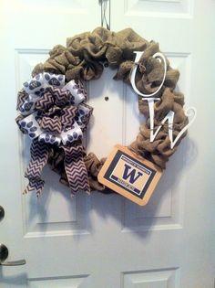 UW wreath.