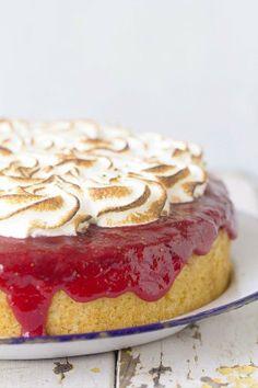 #Recipe: Strawberry Upside-Down Cake