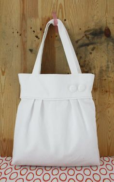 White pleated tote tote bags