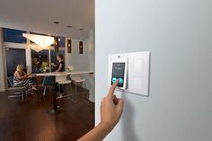 Quirky Relay - Touch-Screen Controller For Smarthome Gadgets