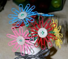 teacher gifts, button flowers, mothers day, gift ideas, flower crafts, super easi, easi paperclip, make flowers, nake thrift
