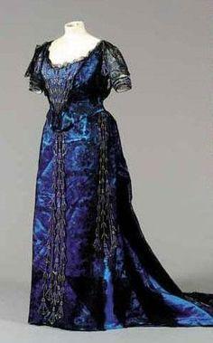 Worth Ballgown, 1900