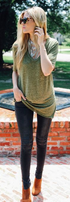 Daily New Fashion : Oversized tee + skinnies