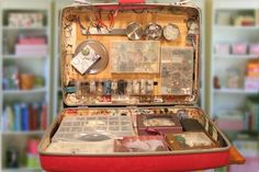 Jewelry crafting suitcase