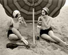 1920s picnic on the beach