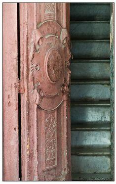 PINK DOORS FADED